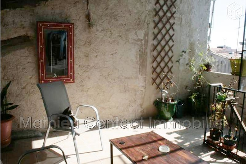 Photo Appartement Nîmes Centre-ville,  Location appartement  4 pièces   61 m²