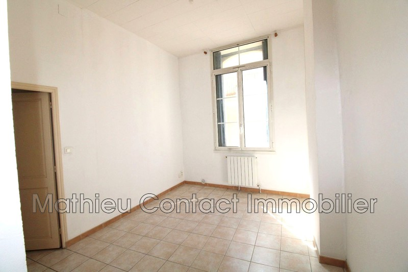 Photo Appartement Nîmes Ecusson,  Location appartement  2 pièces   46 m²