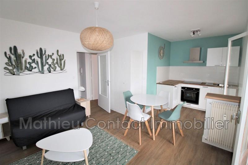 Photo Appartement Nîmes Centre-ville,  Location appartement  1 pièce   25m²