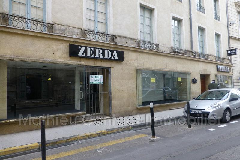 Photo Boutique Nîmes Centre-ville,  Professionnel boutique   72m²