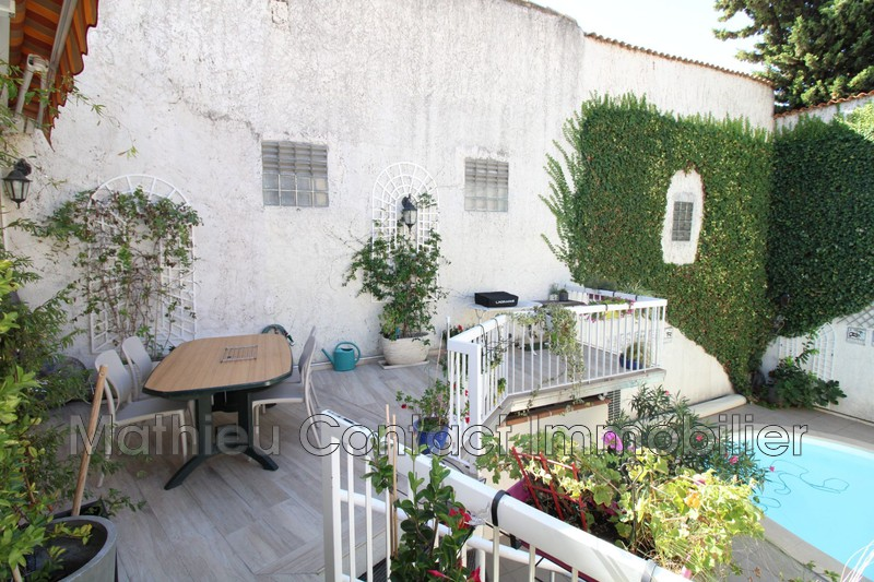 Photo Maison de ville Nîmes Croix de fer,   achat maison de ville  4 chambres   204m²
