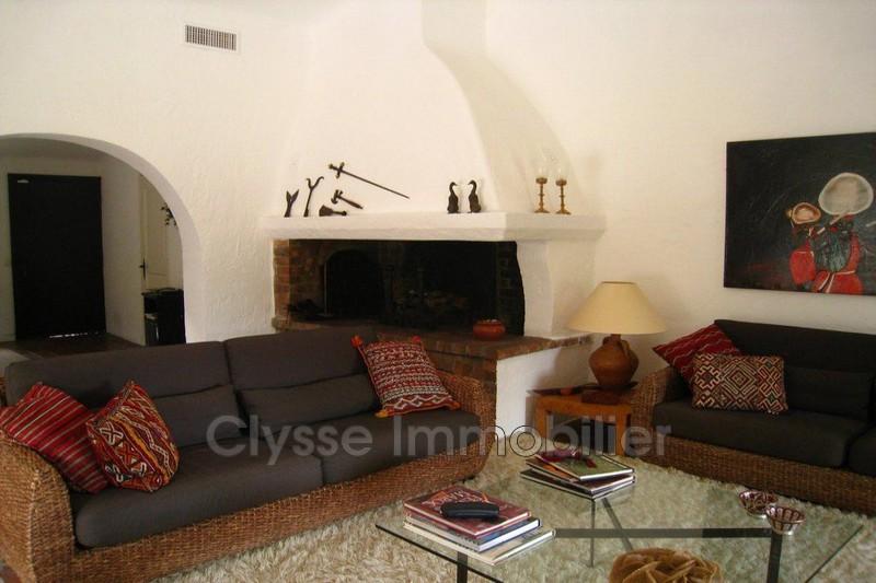 Photo n°2 - Vente maison de hameau Le Plan-de-la-Tour 83120 - 212 000 €