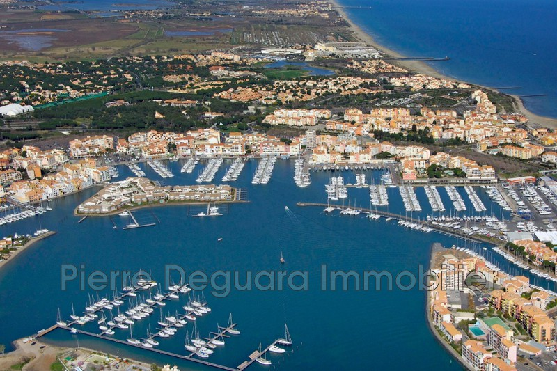 Photo  Agde Centre village,  Occupational    320 m²