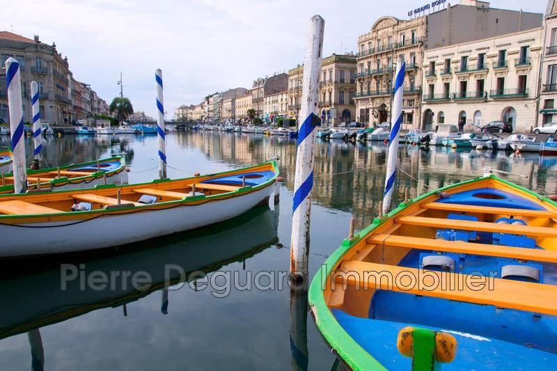 Photo  Sète Bord de quai  la marine,  Professionnel    100m²