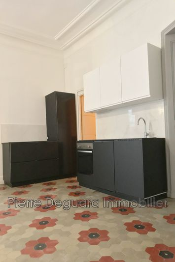 Photo Appartement Montpellier Centre-ville,   achat appartement  3 pièces   75m²