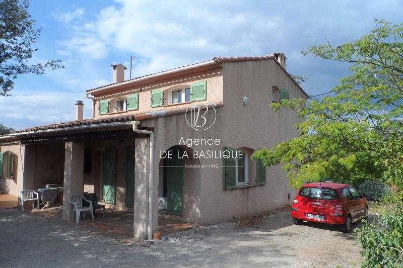 Photo Villa Saint-Maximin-la-Sainte-Baume Centre-ville,   achat villa  4 chambres   140m²