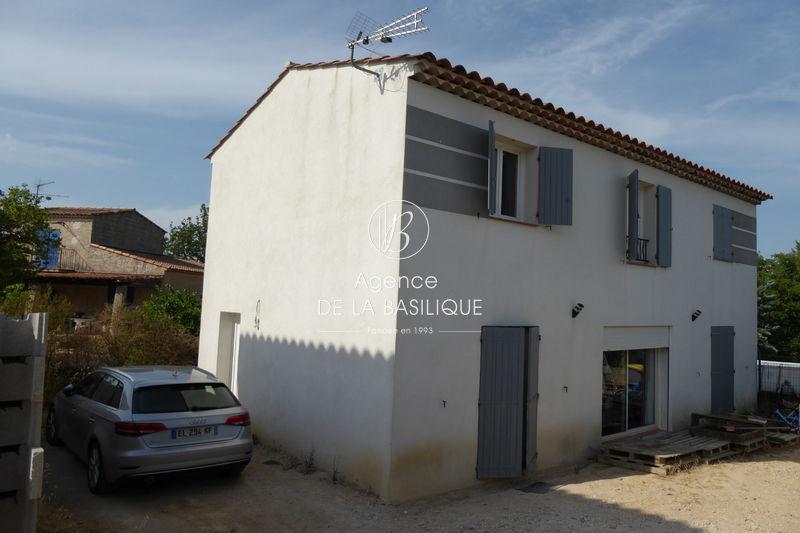 Photo Villa Saint-Maximin-la-Sainte-Baume Centre-ville,   achat villa  3 chambres   108m²
