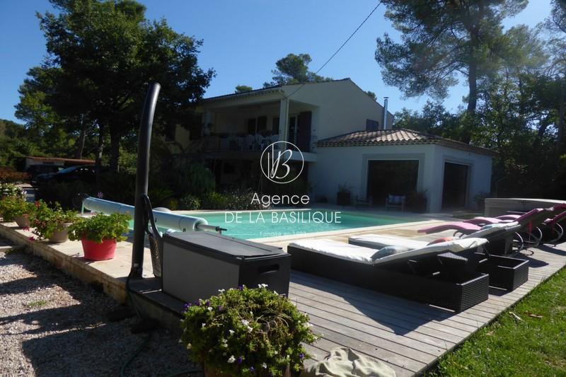 Photo Villa Nans-les-Pins Centre-ville,   achat villa  5 chambres   215m²