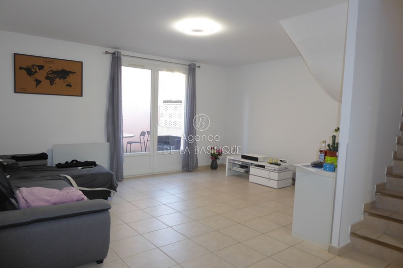 Photo Maison de ville Saint-Maximin-la-Sainte-Baume Centre-ville,   to buy maison de ville  2 bedrooms   70 m²