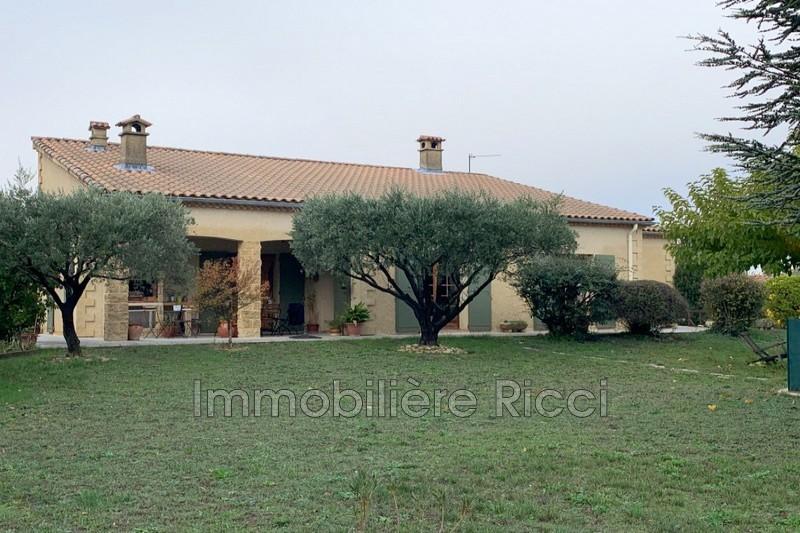 Photo Villa Saint-Saturnin-lès-Avignon Village,   achat villa  3 chambres   153m²