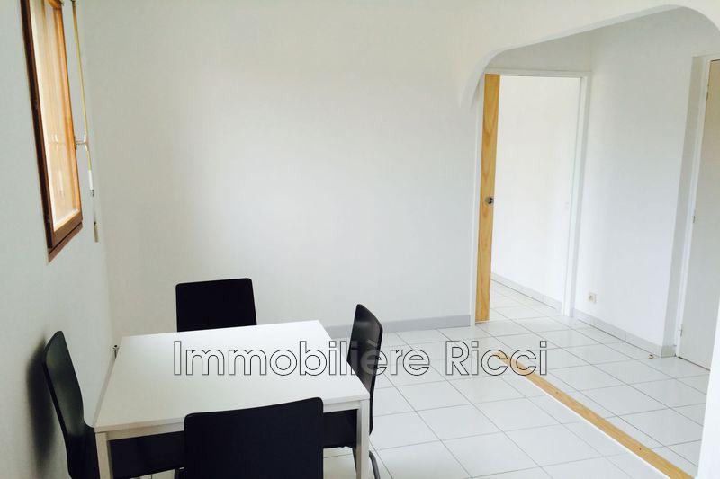 Photo n°5 - Vente appartement Villeneuve-lès-Avignon 30400 - 98 000 €