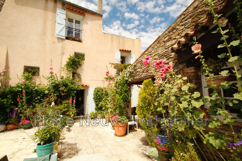 Photo n°2 - Vente maison de village La Garde-Freinet 83680 - 650 000 €
