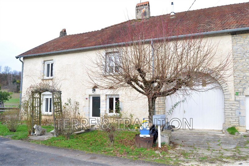 Photo Stone house Trésilley Rioz,  Location stone house  4 bedrooms   181 m²