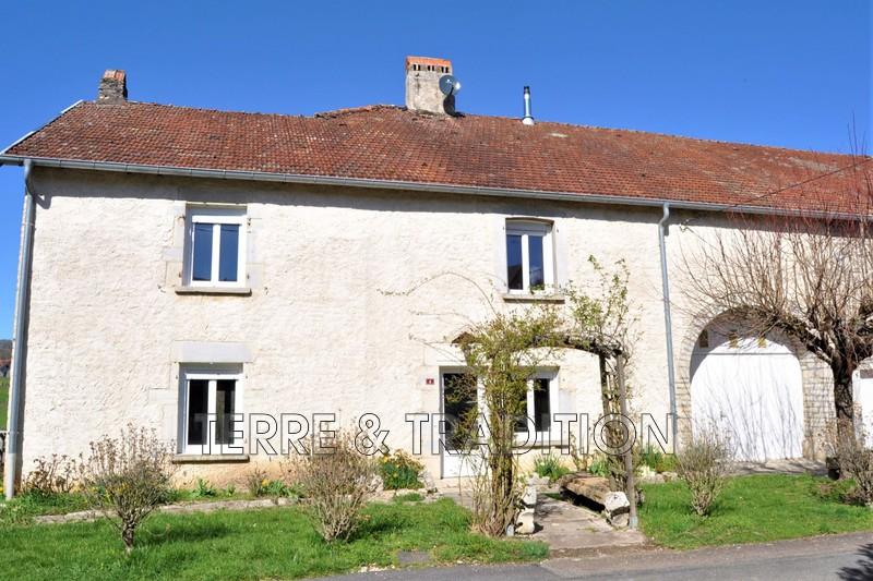 Photo Maison en pierre Recologne-lès-Rioz Rioz,  Location maison en pierre  4 chambres   181m²