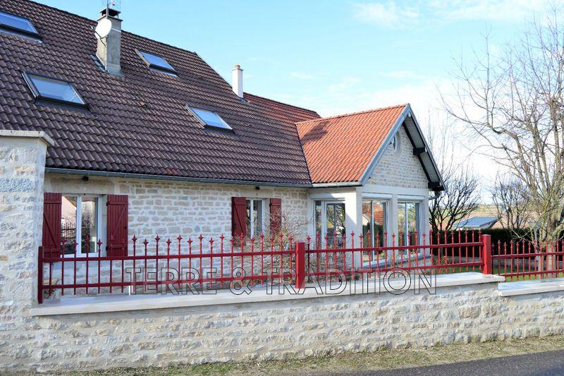 Photo Maison en pierre Roulans Besançon,   achat maison en pierre  5 chambres   280m²