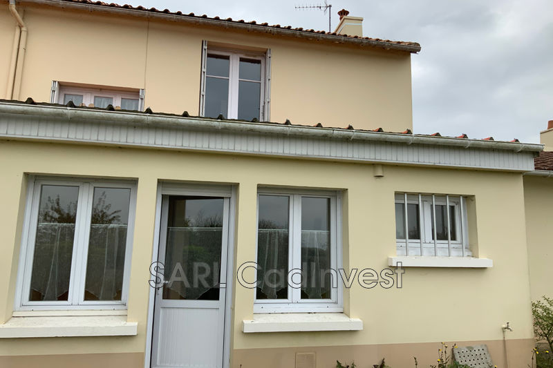 House Corsept Village,   to buy house  4 bedrooms   80 m²