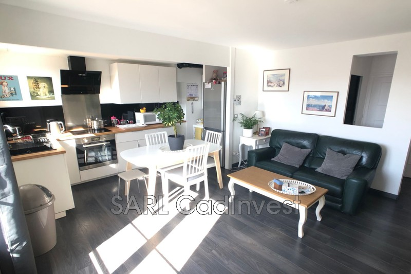 Photo Apartment Tours Centre-ville,   to buy apartment  3 rooms   52 m²