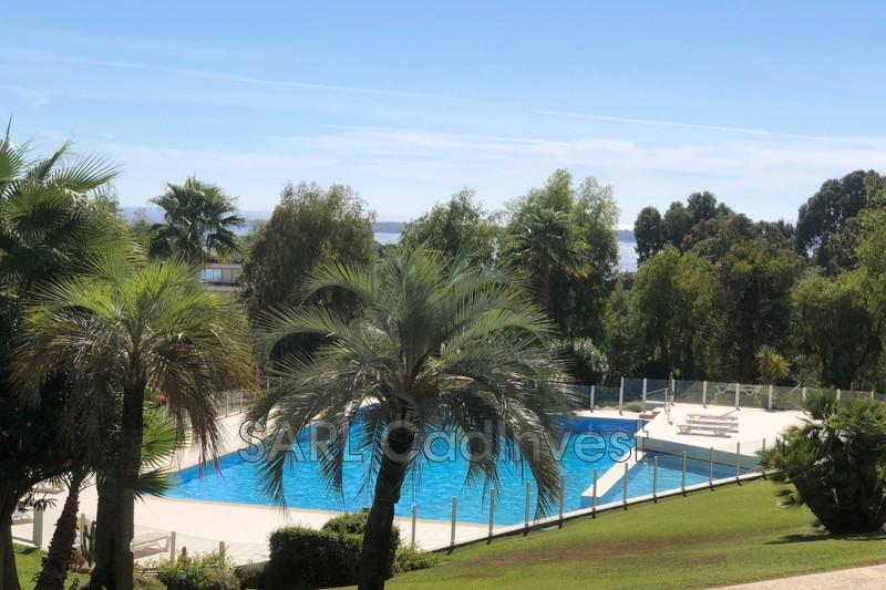 Appartement Golfe-Juan Proche plages,   achat appartement  2 pièces   45m²