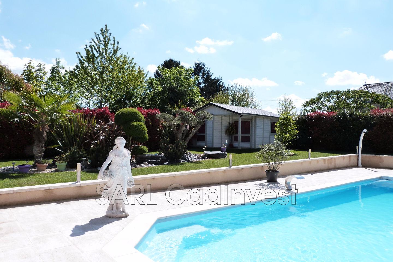 Vente maison r cente saint cyr sur loire 37540 840 000 for Garage intersport saint cyr sur loire
