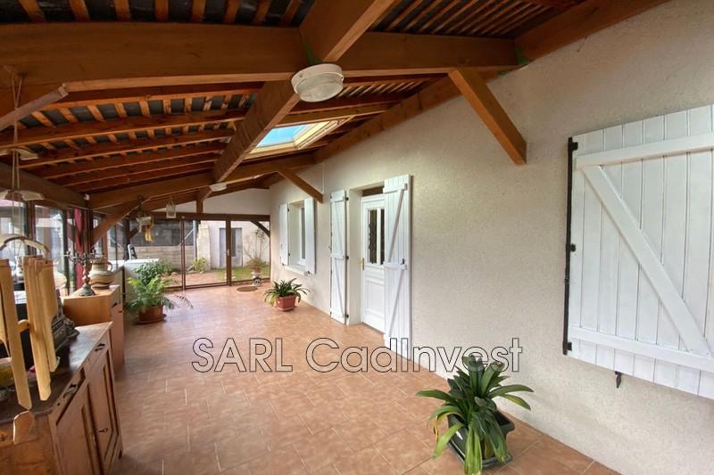 Maison Hommes Village,   achat maison  4 chambres   190m²