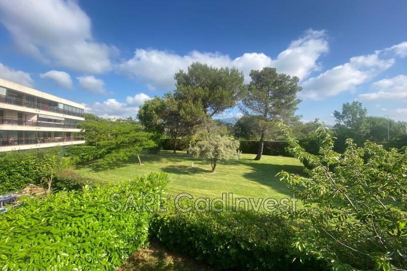 Photo Appartement Mandelieu-la-Napoule Proche mer et commerces,   achat appartement  3 pièces   76m²