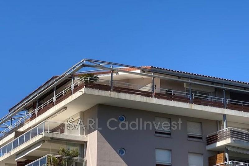 Appartement Mandelieu-la-Napoule Centre ville mais immeuble sur l' eau,   achat appartement  4 pièces   103m²