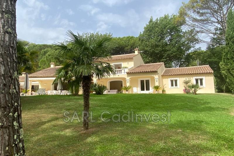 Photo n°2 - Vente Maison demeure de prestige Tourrettes 83440 - 1 990 000 €