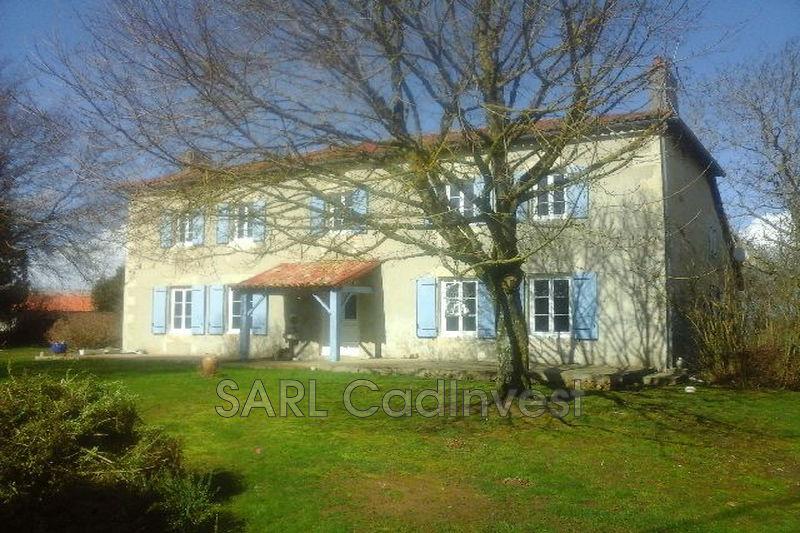 Maison Poitiers Village,   achat maison  7 chambres   327m²