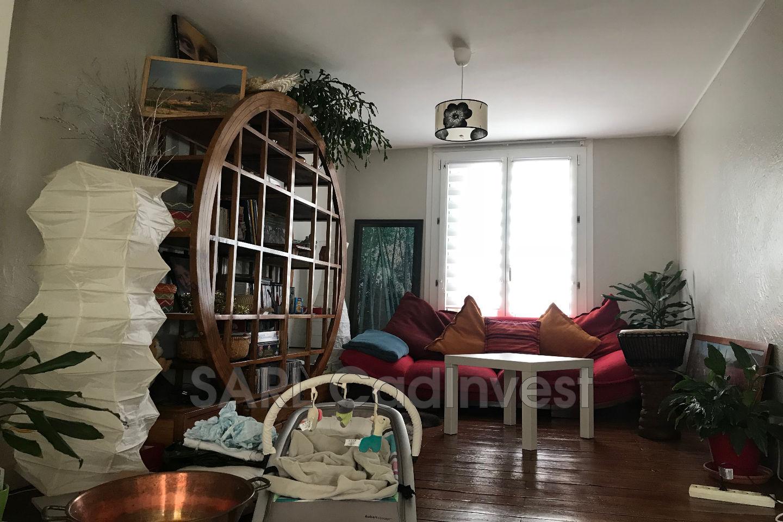 vente maison tours 37000 439 000. Black Bedroom Furniture Sets. Home Design Ideas
