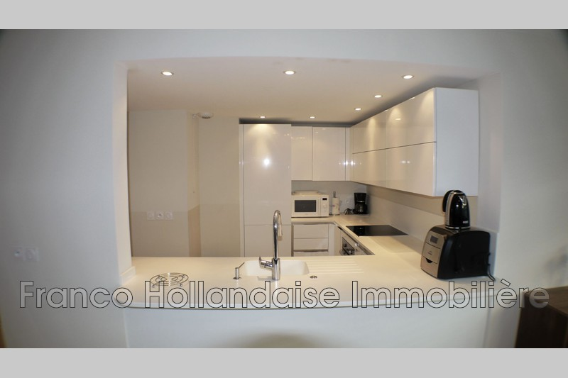 Photo n°2 - Location appartement Antibes 06600 - 1 265 €