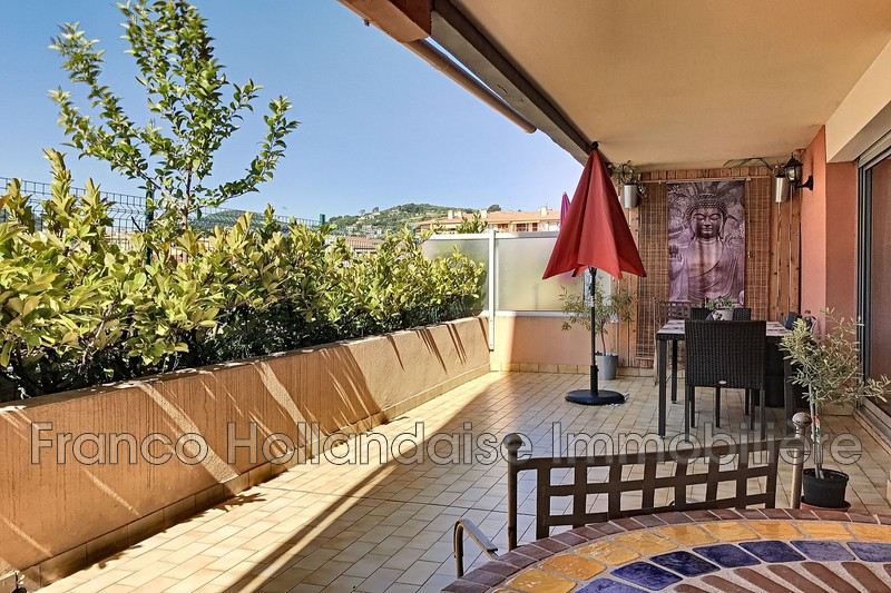 appartement  5 rooms  Vallauris Downtown  104m² -