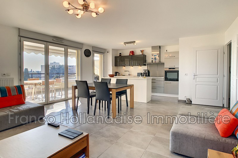 Photo Apartment Antibes Combes,   to buy apartment  4 rooms   85m²