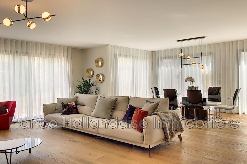 maison  5 rooms  Antibes Ilette  171m² -