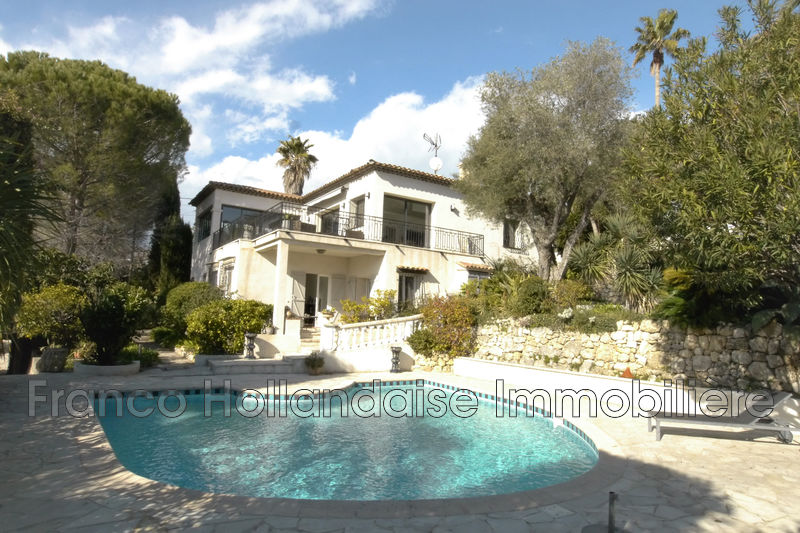 Maison contemporaine Antibes Brusquet,   achat maison contemporaine  3 chambres   212 m²