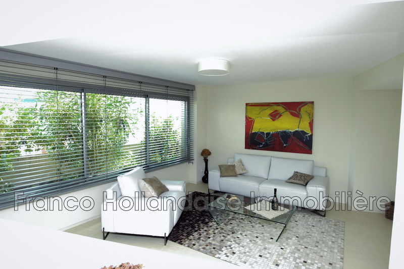 Photo Apartment Antibes Proche plages,   to buy apartment  3 rooms   81 m²