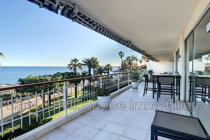 Photo Apartment Vallauris Front de mer,   to buy apartment  4 rooms   166 m²