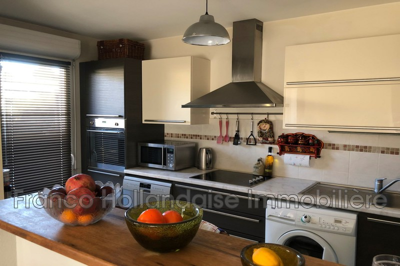 Photo Apartment Antibes Mi-hauteurs,   to buy apartment  3 rooms   64 m²