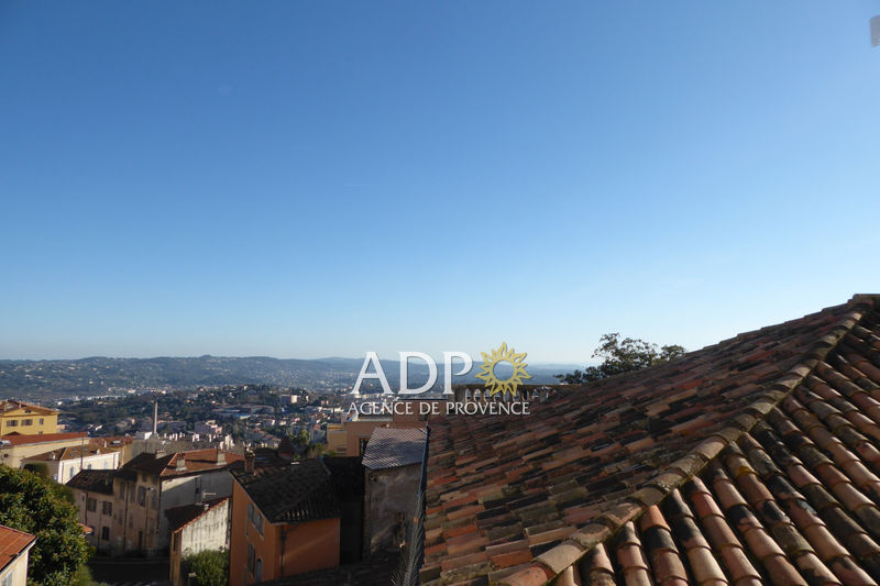 Photo Appartement Grasse Centre-ville,  Location appartement  3 pièces   65 m²