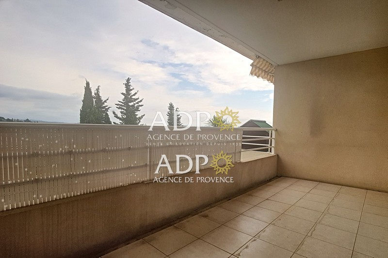 Photo Appartement Grasse  Location appartement  2 pièces   52 m²