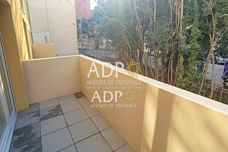 Photo Appartement Grasse  Location appartement  3 pièces   67 m²