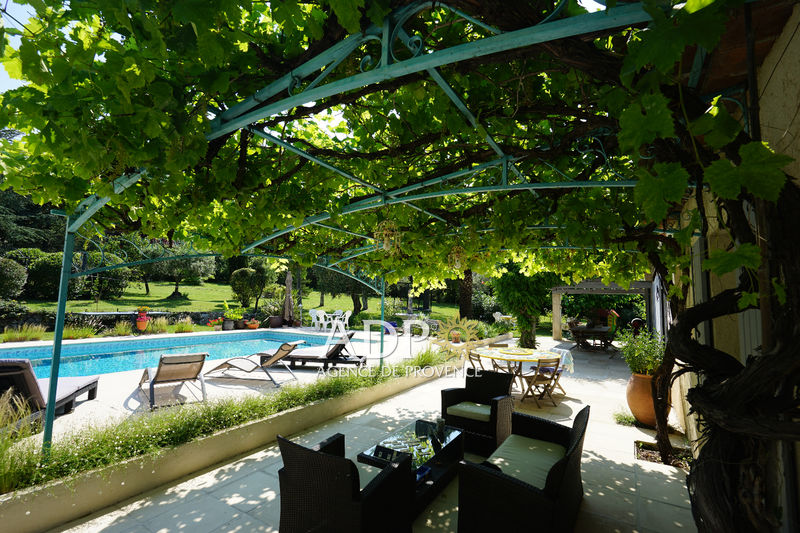 House Châteauneuf-Grasse   to buy house  5 bedrooms   210m²