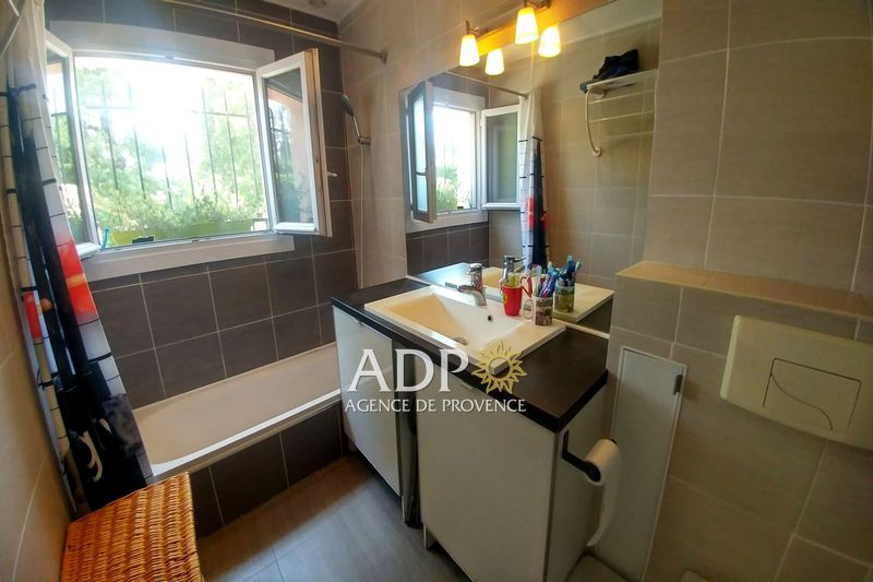 Photo n°2 - Vente appartement Peymeinade 06530 - 268 000 €