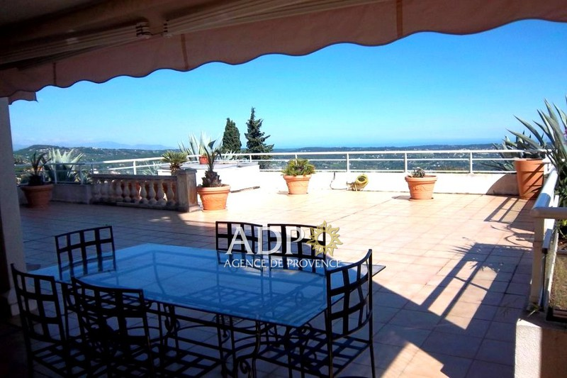 Photo Appartement Grasse Rothschild,   achat appartement  2 pièces   46 m²