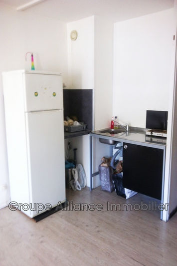 Photo n°3 - Vente appartement Nîmes 30900 - 57 000 €
