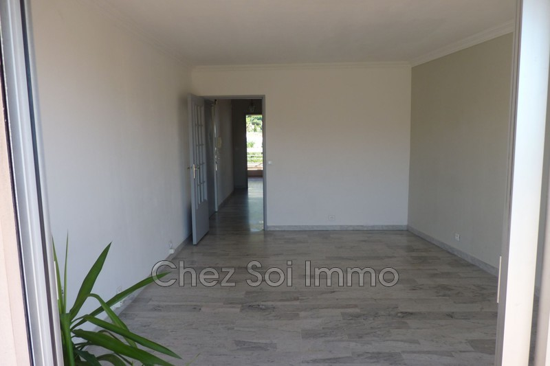Photo Apartment Vence Centre-ville,   to buy apartment  2 rooms   48 m²