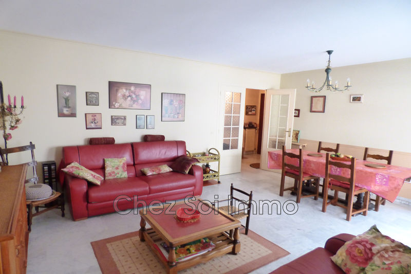 Apartment Antibes Centre ville,   to buy apartment  3 rooms   71m²