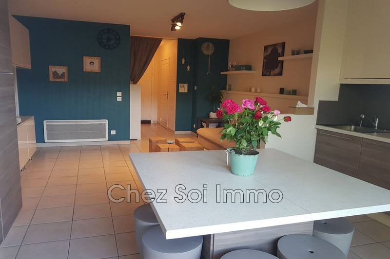 Appartement Villeneuve-Loubet   achat appartement  4 pièces   84m²