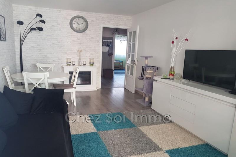 Photo Apartment Cagnes-sur-Mer Centre ville,   to buy apartment  3 rooms   65m²