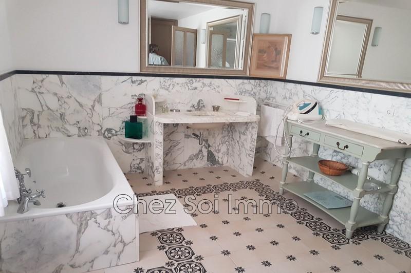 Photo n°7 - Vente Maison villa Le Luc 83340 - 441 000 €