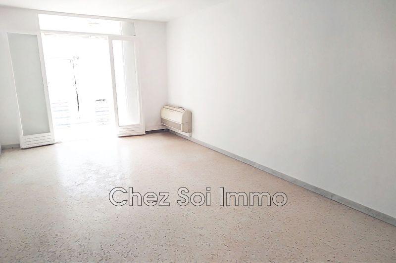 Apartment Juan-les-Pins Bord de mer,   to buy apartment  3 rooms   64m²